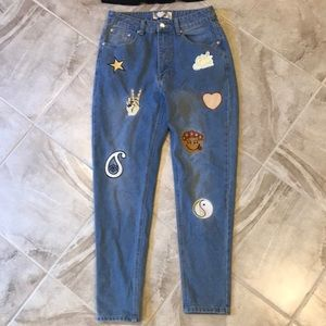 Boohoo Size 6 patch mom jeans highwaisted